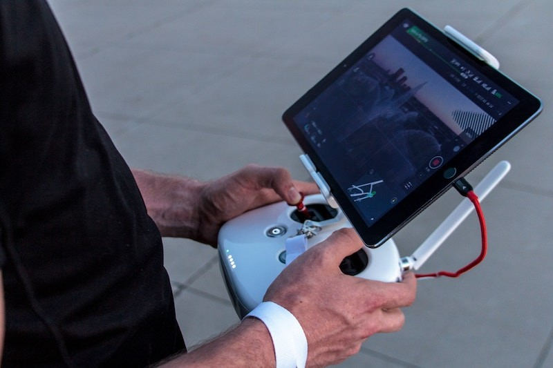 holding drone controller